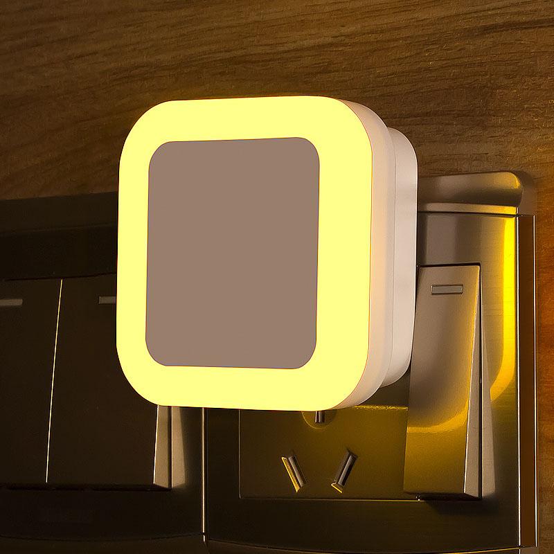 【免運費】人體感應光控聲控節能插電小夜燈