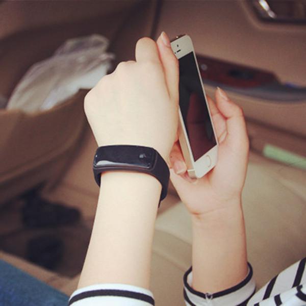 【免運費】LED手環防水夜光韓版簡約電子手表